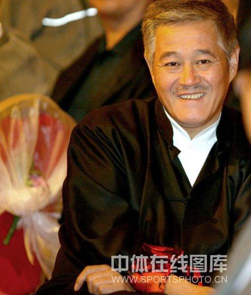 图文:李佳薇李超婚礼现场 赵本山笑得开心