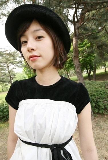 新人演员于承妍