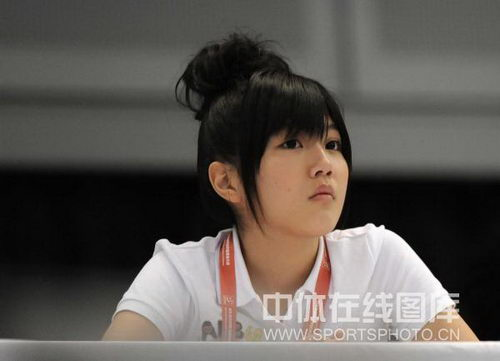短发:世乒赛美女主持成靓丽风景惹眼图文可爱太原哪里剪发型好图片