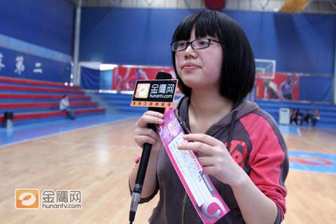 第一位报名选手:江西女孩王霞