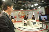 图文:BC卡杯决赛赵汉乘扳平比分 古力俞斌探讨