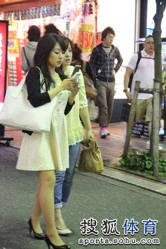 东京街头美女