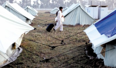 □巴基斯坦政府为撤离居民设立的安置营地