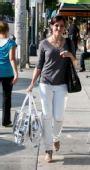 好莱坞一周潮人街拍:索菲亚-布什