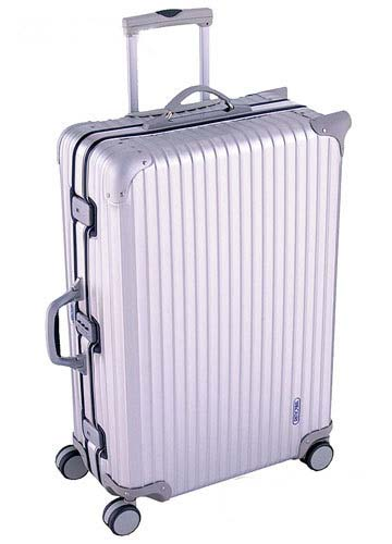 5.Rimowa 