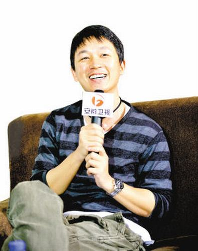 潘粤明说到家庭生活一脸幸福