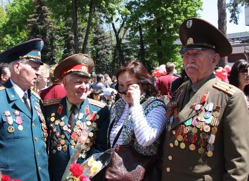 哈萨克斯坦庆祝反法西斯战争胜利日