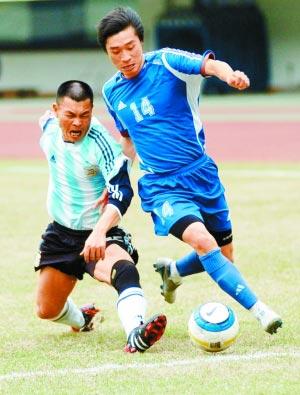 深圳各企业足球队的较量具有较高水准。