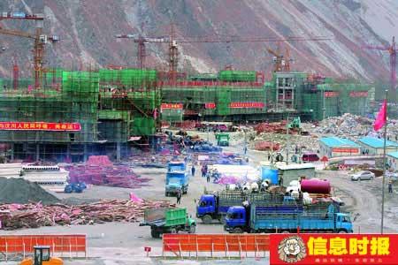 """广东援建的汶川一中,创造了一个""""魔鬼速度"""",从开挖到封顶只用了73天。专题摄影  信息时报特派记者 黄立科"""