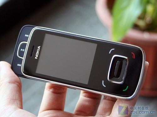 双向滑盖S40 天翼3G手机诺基亚8208图赏