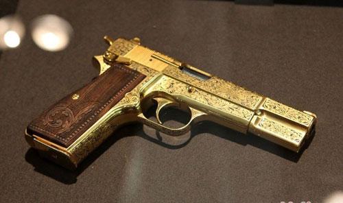 能买到打空包弹的枪嘛_能买到跳壳的道具枪吗_德国能买到什么枪