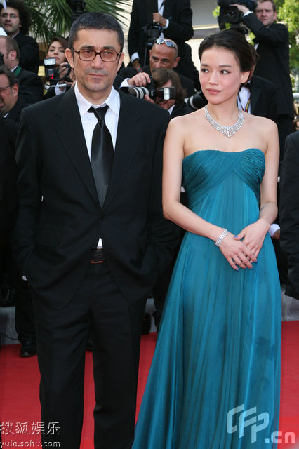 图:第62届戛纳电影节评委亮相开幕式