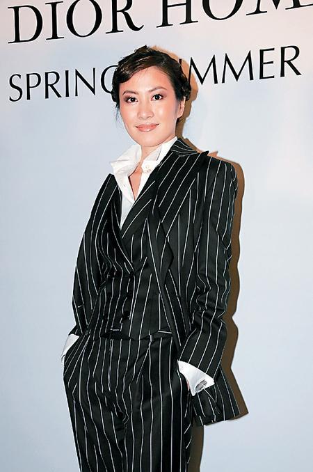 叶璇将会以多款性感造型现身戛纳影展。