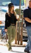 好莱坞一周潮人街拍:珍妮佛-安妮斯顿