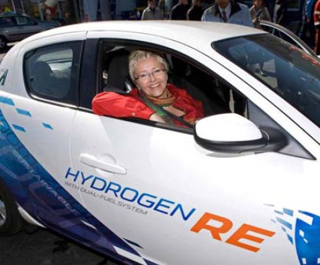 """挪威版""""mazda rx-8氢转子发动机车型""""亮相"""