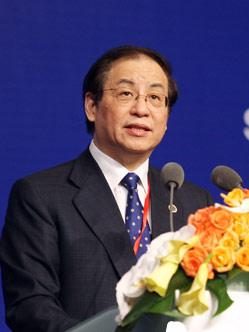 中国银行业监督管理委员会主席 2009陆家嘴论坛共同轮值主席刘明康