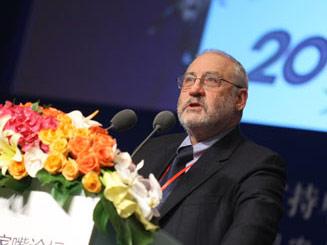 哥伦比亚大学教授、诺贝尔经济学奖得主约瑟夫·斯蒂格利茨