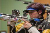 图文:德国站女子10米气步枪 老将普菲尔施弗特