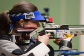 图文:德国站女子10米气步枪 莱克纳在比赛中