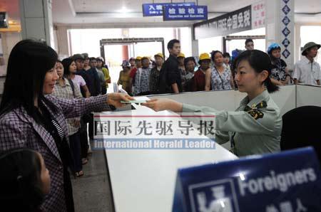 中国 河口/尽管越南民间有反对的声音,但无法阻挡中越经贸合作的大趋势。...