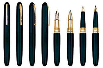 限量五十枝的Montenapoleone系列书写工具。(左起/原子笔/$3,120、走珠笔/$3,120、墨水笔/$3,750)