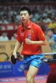 图文:乒乓球亚洲杯落幕 马龙信心十足男单夺冠
