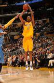 图文:[NBA]掘金VS湖人 阿里扎三分出手