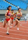 图文:09全国田径锦标赛赛况 女子400米栏决赛