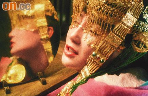 """张曼玉的绝密新娘造型,随""""终极版""""上映而曝光"""