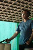 图文:男子25米手枪速射比赛 马格蒙特等待射击