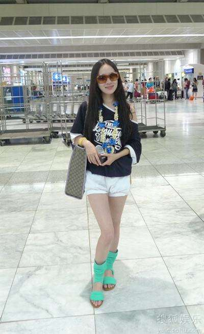 霍思燕在菲律宾机场
