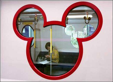 香港迪士尼专线