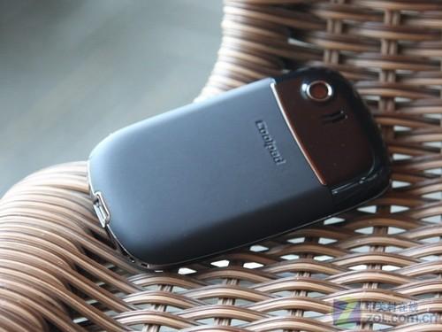 风格时尚圆润造型 天翼3G酷派E200评测