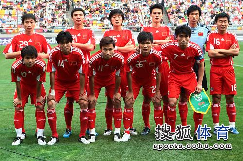 国足沙特队_中国男足国家队 关注国足 国足备战亚洲杯预选赛 精彩图片 中国vs沙特