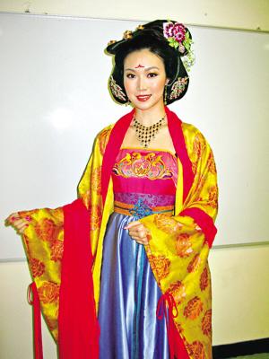 电视 宫心计 宫心计下载 新闻动态    昨天下午,港姐叶翠翠,名模杨铮