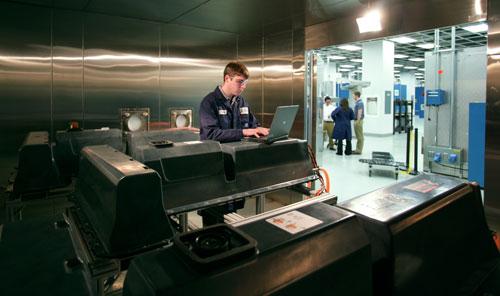 通用汽车全球电池系统实验室成立
