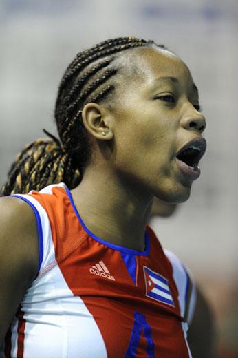 图文:古巴女排3-2胜意大利 帕拉西奥怒吼
