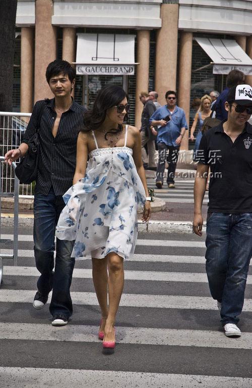章子怡生活照街拍 高清图片