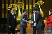 图:上海电视节白玉兰颁奖- 《潜伏》剧组获奖2