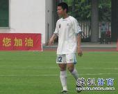 图文:[中甲]广东3-1南昌 陈志钊在场上