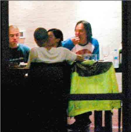 张柏芝谢霆锋旁若无人的拥吻