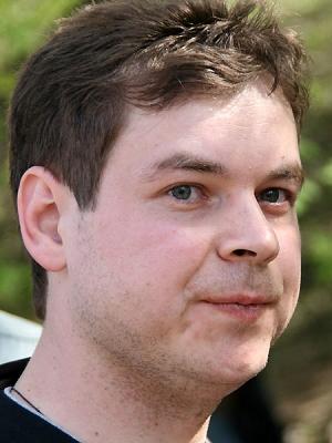 帕维尔・扎里福林俄罗斯政治学者《地缘政治》信息分析网总编欧亚青年联盟负责人