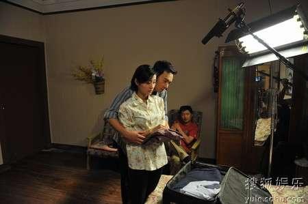 金毅和冯静在拍摄现场