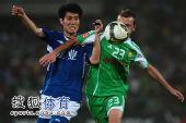 图文:[中超]北京0-0河南 两人互不相让