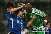 图文:[中超]北京0-0河南 保罗异常凶悍