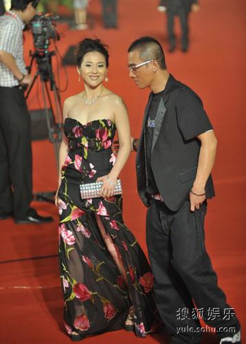 陈小春邓紫衣在上海电影节