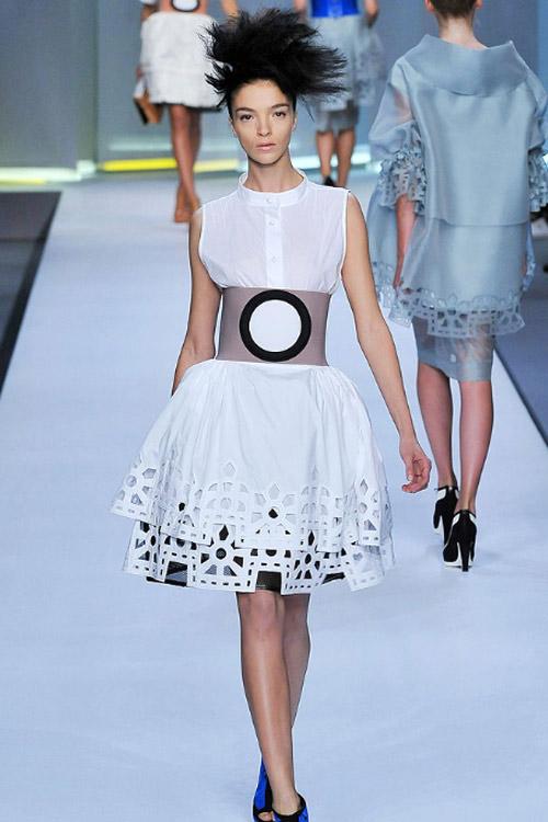 就是这件Fendi的女装,成为众多女星的大爱选择