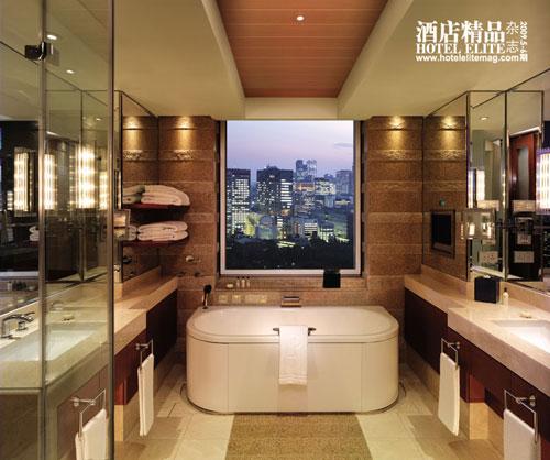 双人套房的浴室