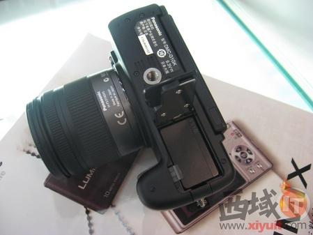 首款可换镜头4/3系统DC 松下G1震撼上市