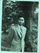 建国60年报道之贵州 绸缎纸片制成第一面红旗